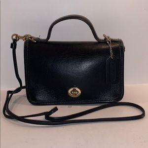 Vintage Coach Casino Leather Crossbody 9924